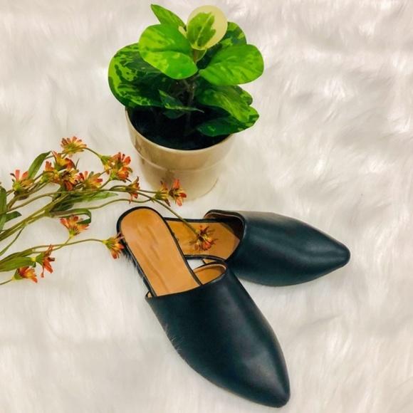 Shoes - ❣️best seller ❣️BLACK PU FLAT MULES - SHOES